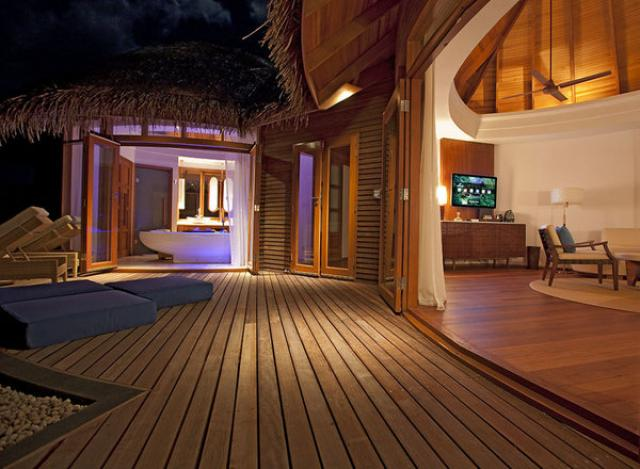 Отель Constance Halaveli Resort Maldives 5*