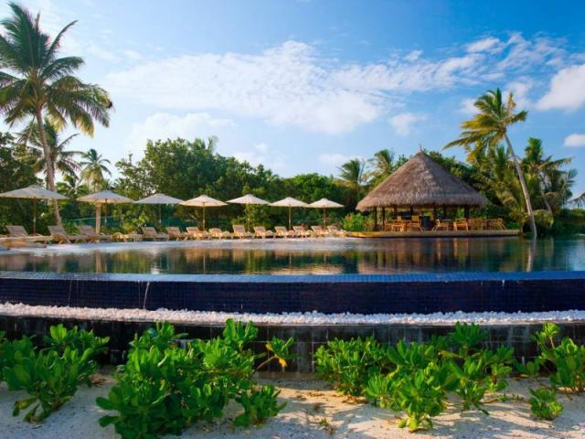 Отель LUX Maldives 5*