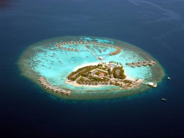 отель Centara Grand Island Resort & Spa Maldives