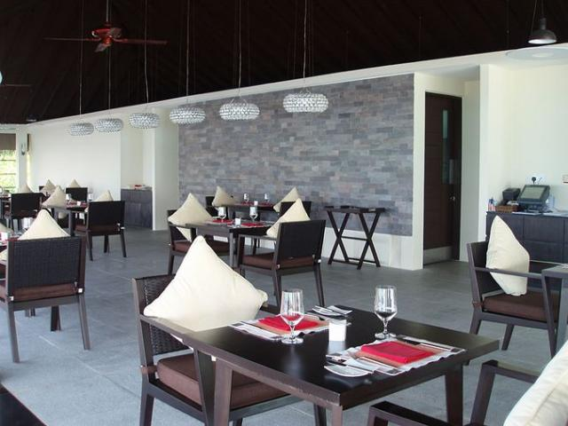 Отель Zitahli Resort and Spa Kuda-Funafaru 5*
